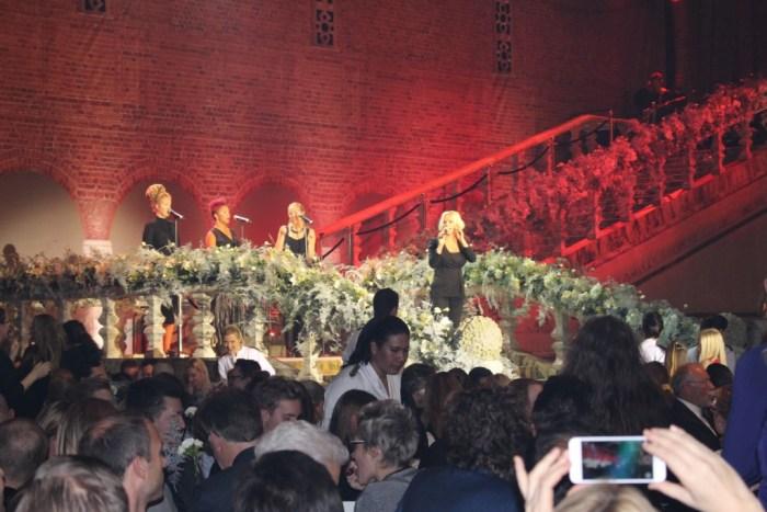 """Petra Marklund, även känd som """"September"""" stod på scen och bjöd på flertal vackra framträdanden."""