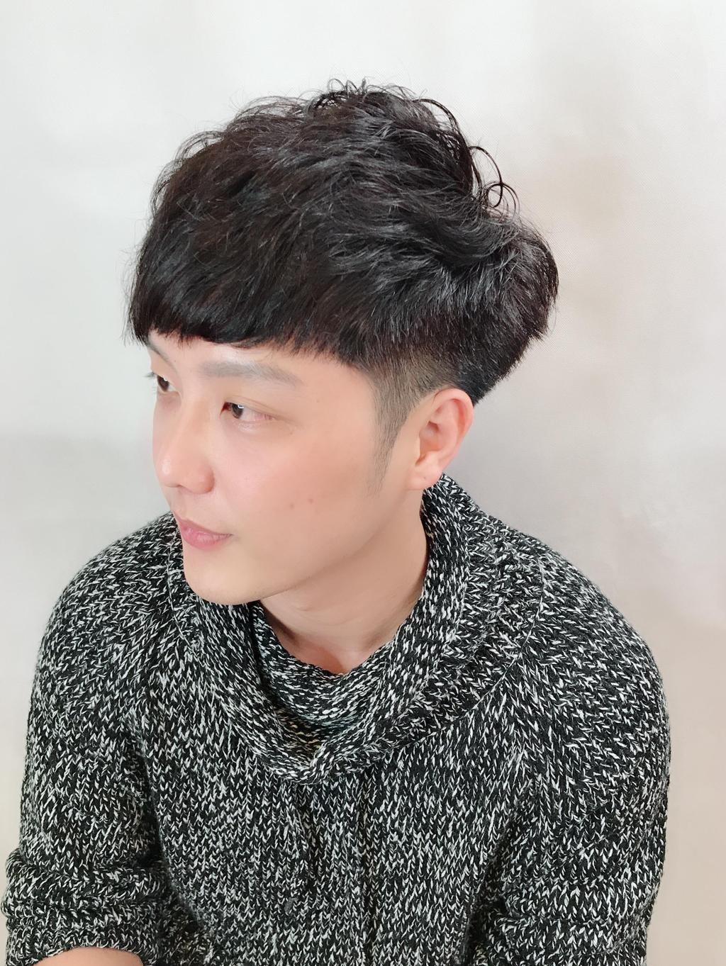 清爽俐落感!2018夏日男生髮型六大關鍵字 - Yahoo奇摩時尚美妝