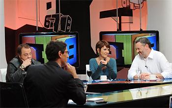 Cabito, Sandra Russo, Barragán y Galende (espaldas) en 6-7-8 (Facebook)