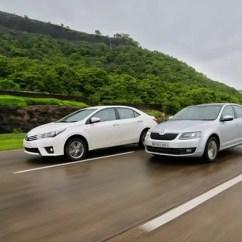 New Corolla Altis Vs Skoda Octavia Harga Grand Veloz 1.3 2015 Toyota Petrol Automatic Comparison And In Action