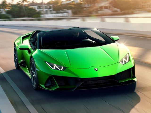 Lamborghini huracan evo spyder released in India with a price tag of 4Crores