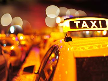 A bylaw to introduce dual taxi licensing between Penetanguishene and Midland was voted down by Penetanguishene councillors June 14.