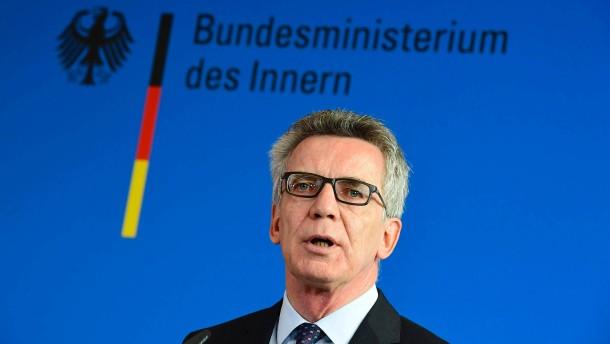 © AFP Bundesinnenminister Thomas de Maizière (CDU)