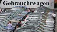 Gebrauchtwagen werden bei Deutschen immer beliebter.