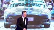 Tesla-Chef Elon Musk bei der Vorstellung des neuen Modells in Shanghai