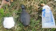 Keine Handgranate, bloß ein Sextoy, das die Joggerin zusammen mit Kondomen und Gleitgel im Wald fand.