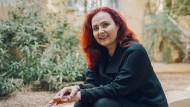Ausbruch aus der gehemmten Gesellschaft: Begegnung mit der libanesischen Autorin Chaza Charafeddine