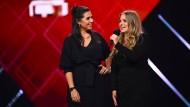 Ausgezeichnet: Ariana Baborie und Laura Larsson beim Deutschen Comedypreis 2020