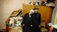 Sara und Rafael Adar sind Anfang der achtziger Jahre die letzten polnischen Juden von Wlodowa, neunzig Kilometer von Lublin.