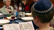 Im Kreise der Familie: Pessach-Fest in der jüdischen Gemeinde Bielefeld (Archivbild)