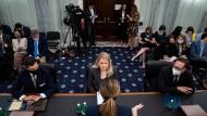 Whistleblowerin Frances Haugen vor ihrer Anhörung vor dem US-Senat