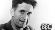 Britischen Intellektuellen bescheinigt er Anglophobie: Orwell bei einem Rundfunkgespräch 1943