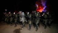 Hunderte Polizisten waren am Donnerstag in Nowi Sanschary im Einsatz.