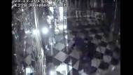 Angriff mit Axt: Die Überwachungskamera im Grünen Gewölbe zeigt den Einbruch