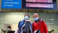 Sie haben es noch nach Großbritannien geschafft: Reisende am Freitag am Londoner Bahnhof St. Pancras