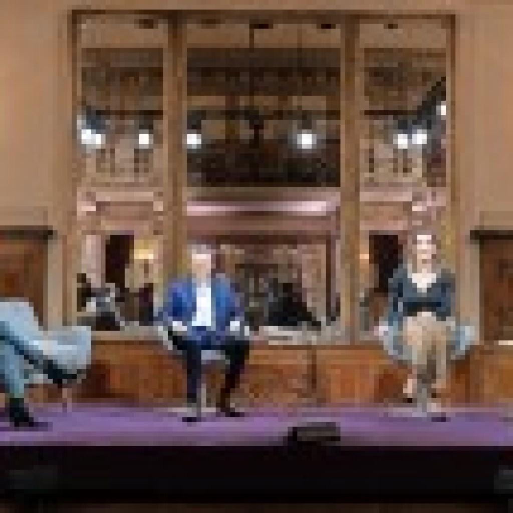 """""""Das Literarische Quartett"""": Lesekreis Lockdown-Kritik"""