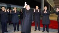 Dieses Foto zeigt laut nordkoreanischer Regierung Kim Jong-un bei seiner Abreise nach Wladiwostok.