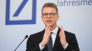Die Deutsche Bank ruft nach mehr Staat