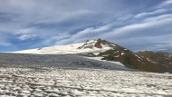 Sieht aus wie Island, ist aber Österreich: Über dem Eismeer thront die 3500 Meter hohe Weißseespitze.
