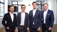 Die Gründer des Start-ups Upreach sorgen sich um die Zukunft ihres Unternehmens.