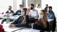 Schulen in der Pandemie: Fehlt es den Kultusministern an Bildung?