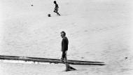"""Risse man ihm das Herz heraus, käme """"gräßliches schwarzes Zeug"""" ans Licht, befürchtete Samuel Beckett. Hier sieht man ihn in Tanger im August 1978."""