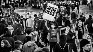 Alles nur eine Frage der richtigen Empfindung? Ein Akt der Liebe waren die hier abgebildeten Proteste gegen den G-20-Gipfel in Hamburg jedenfalls nicht.