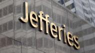 Die Investmentbank Jefferies hat das erste prominenten Corona-Opfer an Wall Street zu beklagen.