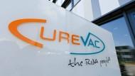 Vor dem Curevac-Hauptsitz in Tübigen