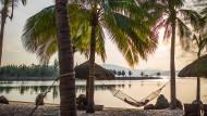 Sie wollen sich schon vor dem Urlaub entspannen und am liebsten eine Pauschalreise beim Reiseveranstalter ihres Vertrauens buchen? Günstiger wird es, wenn Sie andere Buchungswege gehen.