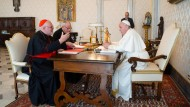 Reinhard Kardinal Marx und Papst Franziskus im Februar 2020 in Rom