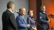 Armin Laschet, Annalena Baerbock sowie Markus Söder (links) und Robert Habeck (rechts) beim Pressestatement am Dienstag in Berlin