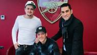 Big Deal: Erkut Sögüt (rechts) mit Mesut Özil (Mitte) und Bruder Mutlu.