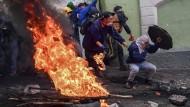 Straßenkämpfe in der ecuadorianischen Hauptstadt Quito am Dienstag