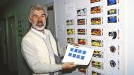 Was machten die Klimaforscher, bevor es Farbdrucker gab? Klaus Hasselmann 1990.