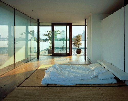 Modern Japanese Style Bedroom With Buy Image 11019457 Living4media