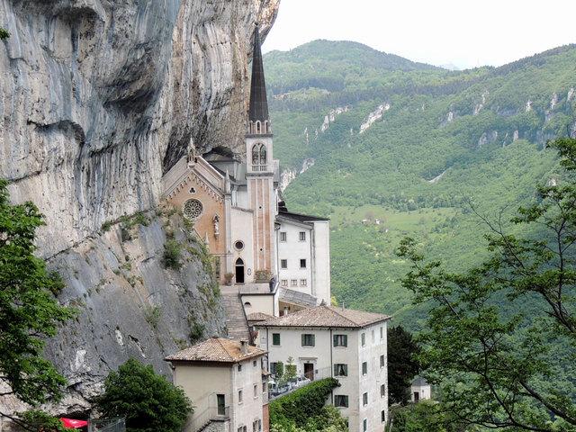 Wallfahrtskirche Madonna Della Corona Innsbruck