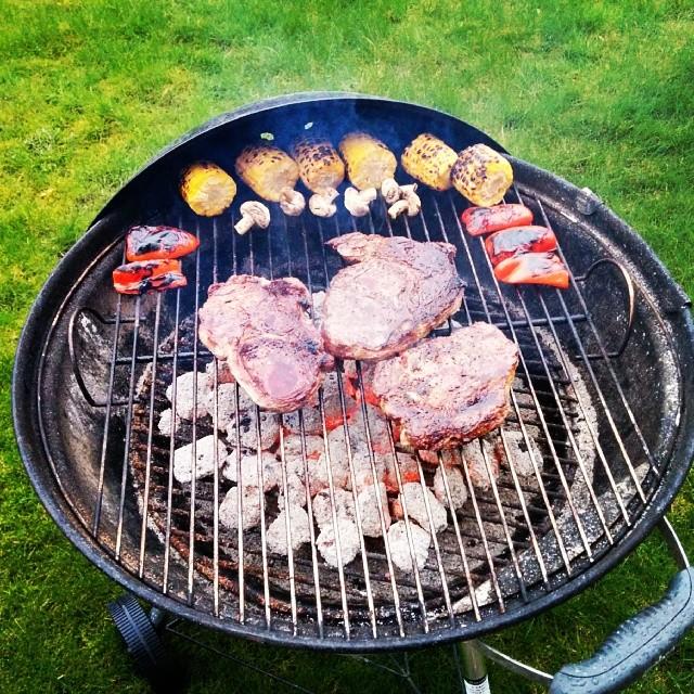 Lördagens grill!#nexus5 #adesworld #weber #bbq