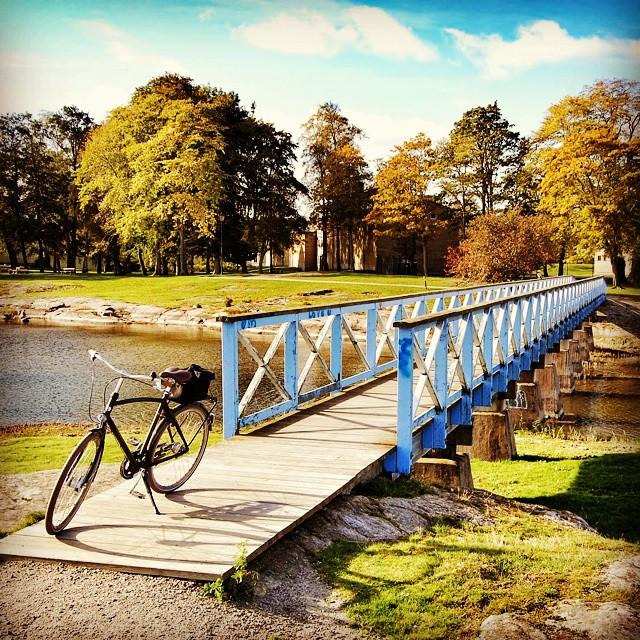 """Fick lufta cykeln lite. Platsen är """"Jacoben"""" i Vänersborg. #vanersborgaren #adesworld"""