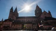 """Im beschaulichen Mainz sollen für amerikanische Pensionsfonds 160 Millionen Euro aus Cum-Ex-Geschäften """"gewaschen"""" worden sein."""