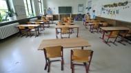 In benachteiligten Vierteln fällt der Unterricht immer öfter aus.