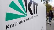 """Im Karlsruher Institut für Technologie (KIT) geht die erste Testanlage für """"E-Fuels"""" in Betrieb."""