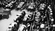 Militärgericht in Nürnberg: Auch Manager der I.G. Farbenindustrie AG mussten sich nach Kriegsende verantworten.