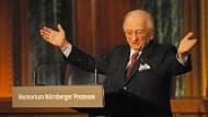 Benjamin Ferencz bei einer Gedenkveranstaltung zu den Nürnberger Prozessen im Jahr 2010