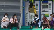 Finanzsystem vor dem Kollaps: Myanmars Banken schließen die Pforten