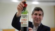 Eine Flasche kostet etwa 5500 Euro.