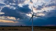 Für einen 4-Personen-Durchschnittshaushalt mit 3500 Kilowattstunden Jahresverbrauch errechnen sich Mehrkosten von knapp 13 Euro im Jahr.