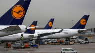 Flugzeuge der Lufthansa am Frankfurter Airport