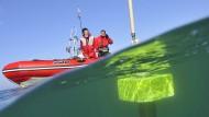 Wie oft das Meer mittlerweile in Hitzewallung gerät, messen solche Argo-Bojen.
