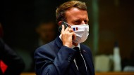 iPhone-Liebhaber: Emmanuel Macron am 20. Juli in Brüssel